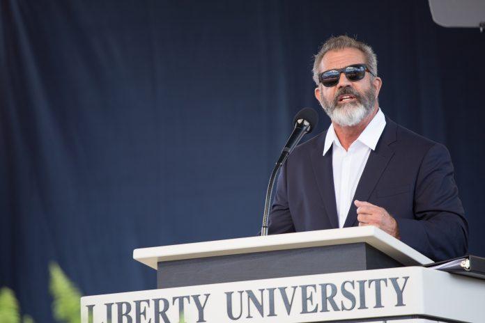 Mel Gibson na Liberty University em 2016