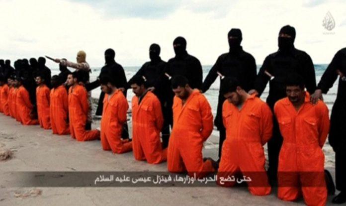 Cristãos coptas degolados por terroristas do Estado Islâmico em 2015