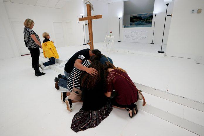 Igreja Batista do Texas onde ocorreu o massacre que matou 26 pessoas
