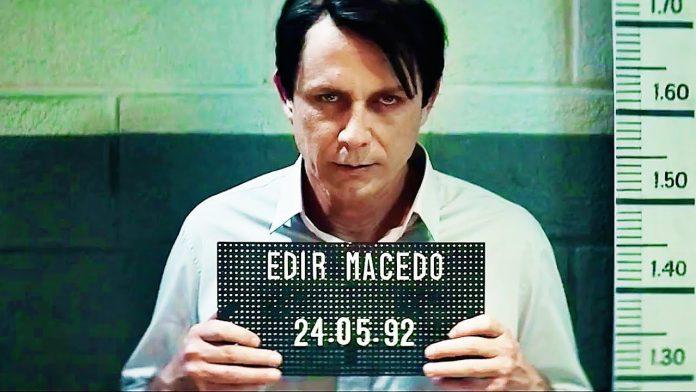 Petrônio Gontijo no papel de Edir Macedo no filme