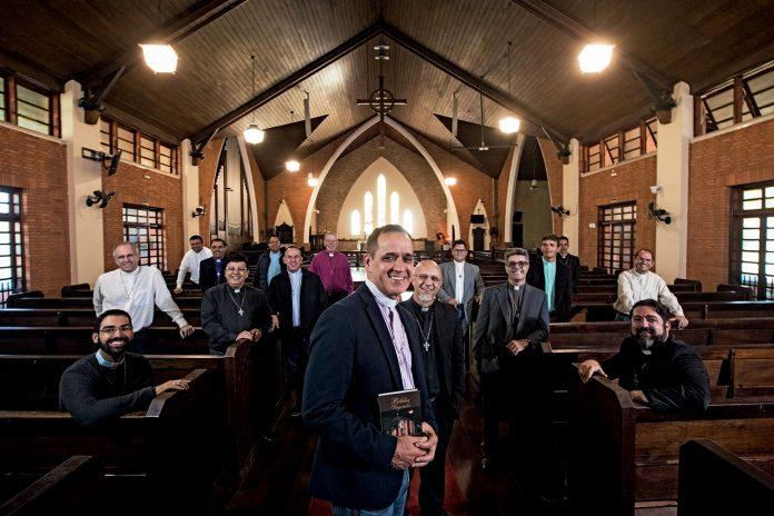 Padres que se tornaram reverendos anglicanos