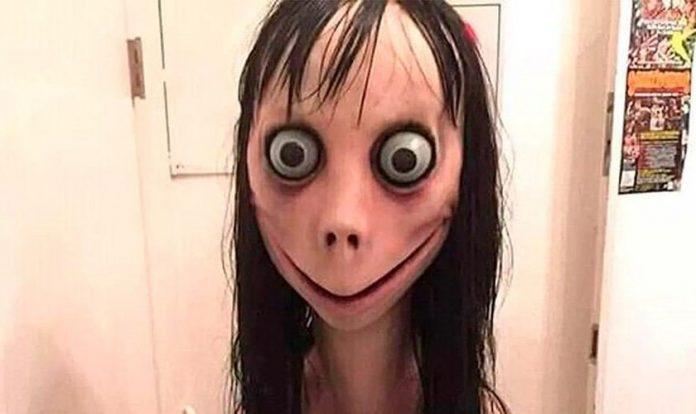A personagem Momo é adicionada por crianças e adolescentes a grupos de Whatsapp e propõe diversos desafios, que se encerram com o suicídio dos desafiados. (Foto: BBC)