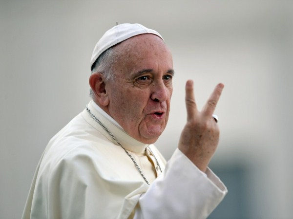 Papa Francisco expulsa mais dois bispos chilenos acusados de abusos sexuais