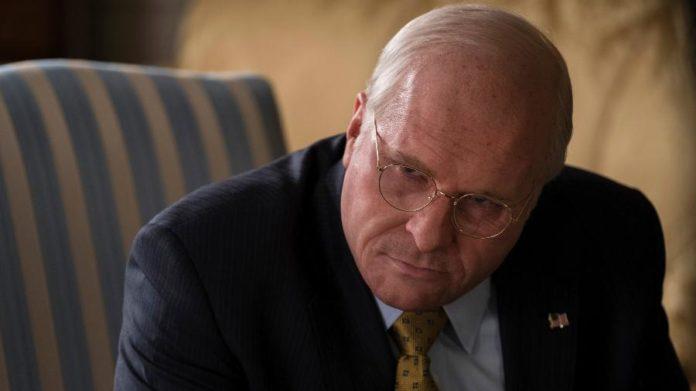 Christian Bale como Dick Cheney no filme