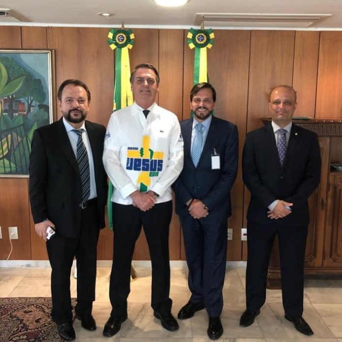 Presidente Jair Bolsonaro com lideranças evangélicas (Foto: Reprodução)