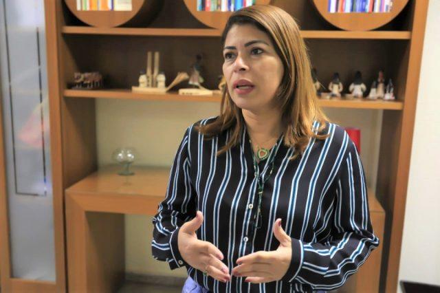 Adriana Aguiar é a titular da Secretaria de Estado da Educação, Juventude e Esportes (Seduc) do estado de Tocantins