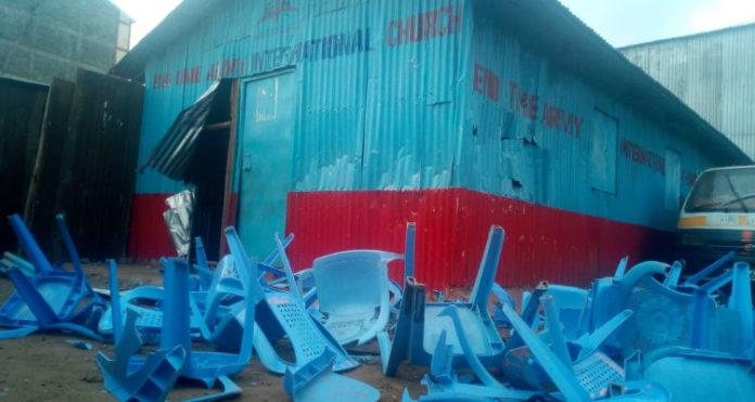 Uma das igrejas atacadas por extremistas islâmicos, no Quênia