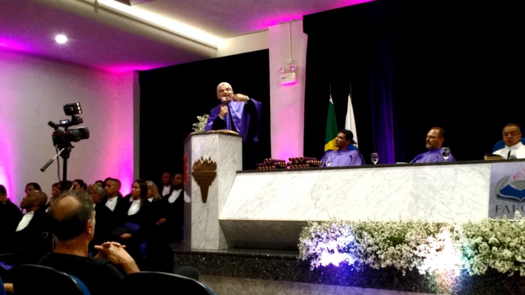 Dr. Gilberto Garcia, paraninfo FAECAD