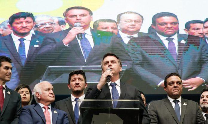 Presidente Jair Bolsonaro discursa na comemoração dos 108 Anos da Assembleia de Deus no Brasil. (Foto: Alan Santos/PR)