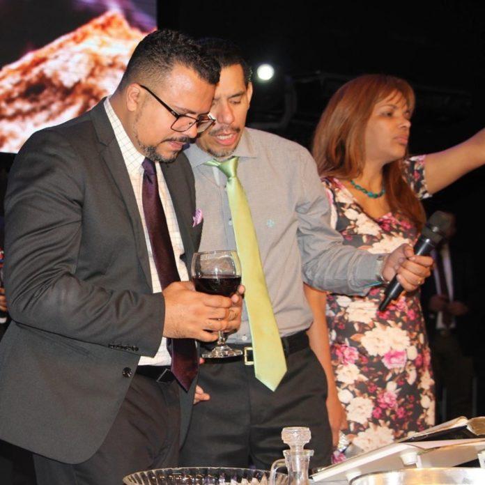 Pastor Luan dos Santos com Anderson do Carmo e Flordelis