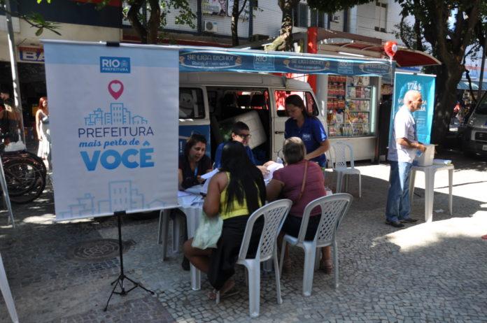 Banner com a logo da Prefeitura do Rio de Janeiro