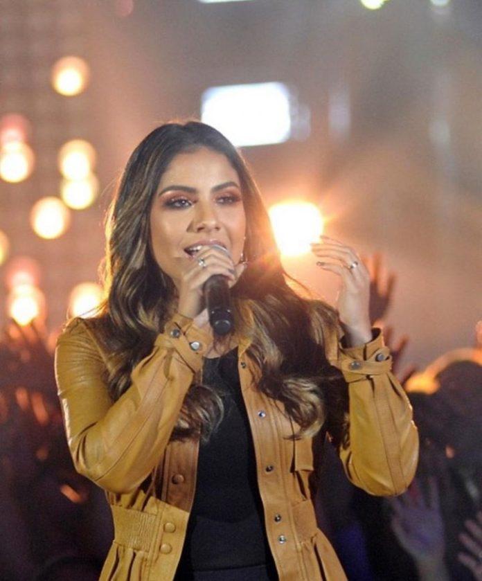 Gabriela Rocha se apresentou no programa 'Só Toca Top', da Rede Globo, em 20 de julho de 2019