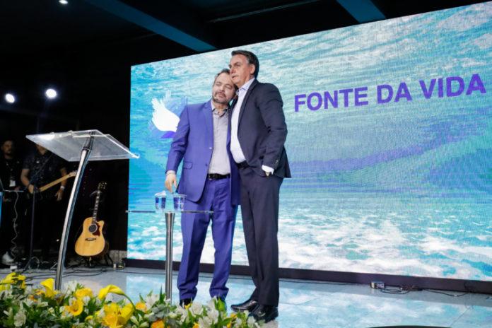 de culto especial pelos 25 anos da Igreja Fonte da Vida, em Brasília. Foto: Alan Santos/PR