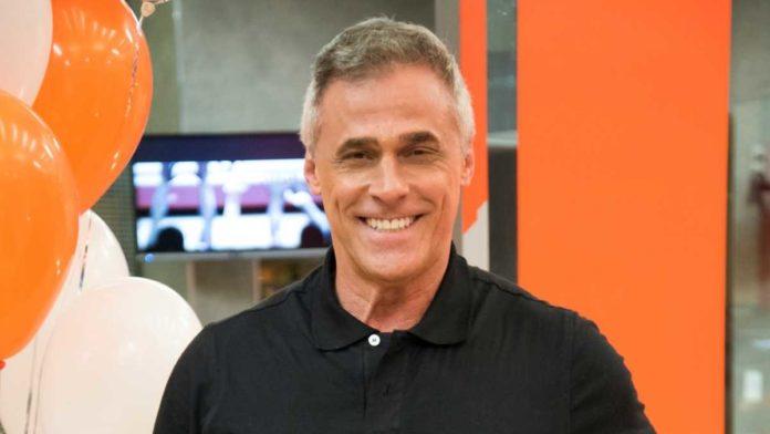 O ator Oscar Magrini deixou a Rede Globo e vai para Record TV fazer novela bíblica
