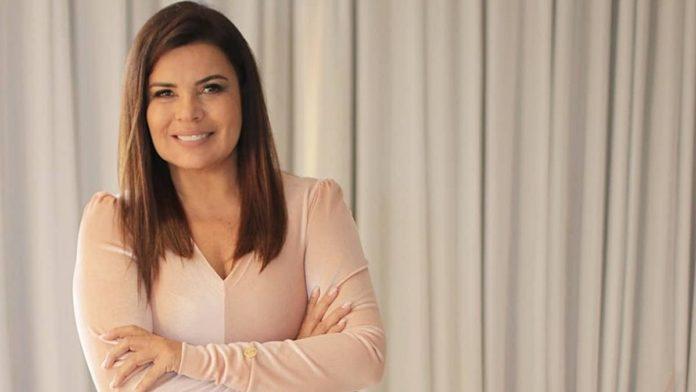 Apresentadora e cantora Mara Maravilha, aos 51 anos em 2019