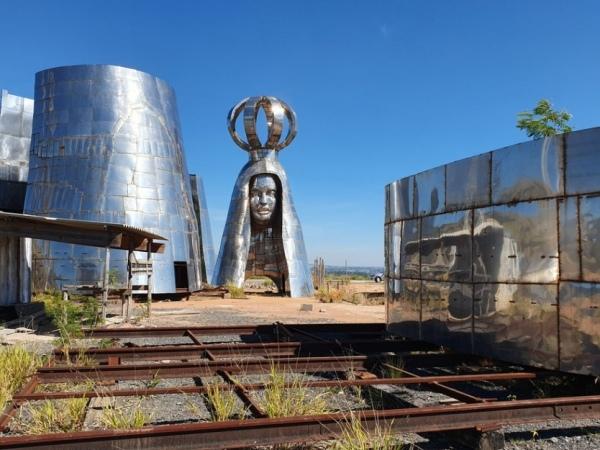 Monumentos dedicados à Padroeira em Aparecida, em São Paulo, foram barrados pela Justiça