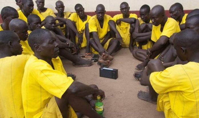 A Sociedade Bíblica de Uganda (BSU) está envolvida no projeto de Bíblias em áudio para prisioneiros no país. (Foto: Reprodução/BSU).
