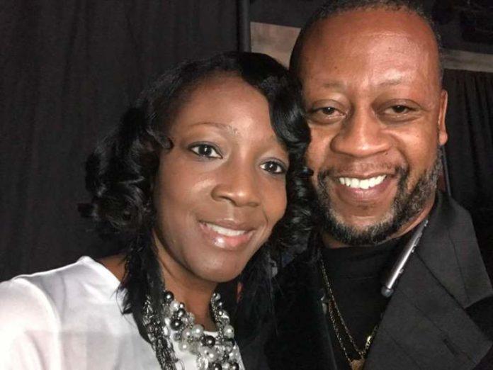 Eric Jones e sua esposa LaRhonda. Facebook / Eric Jones