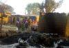 O grupo extremista Boko Haram atacou vilas e destruiu casas