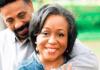 O pastor Tony Evans com sua esposa Lois Evans (Foto: Instagram de Tony Evans)