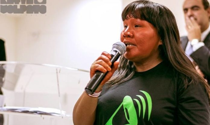Muwaji Suruwahá, missionária da JOCUM, integrará equipe para visita a povos indígenas na Amazônia. (Foto: Reprodução/Atini)