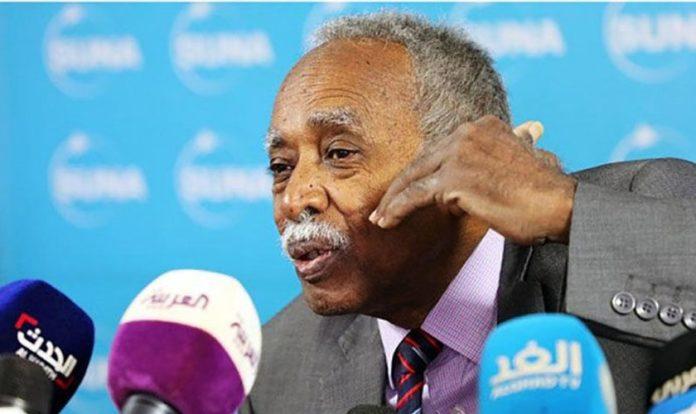 Ministro da Educação do Sudão, Mohamed El Amin El-Toam (Foto: Reprodução/SUNA)