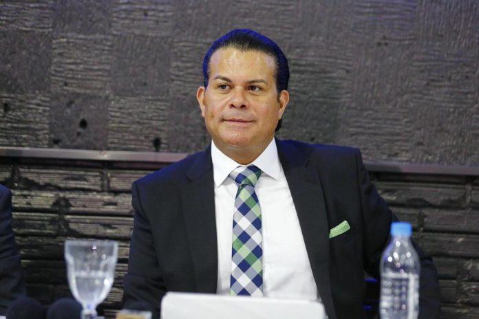 Pastor Sílvio Ribeiro, da Igreja Catedral Global do Espírito Santo