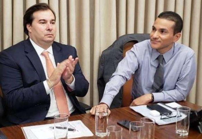 Deputados Rodrigo Maia (DEM) e bispo Marcos Pereira (PRB/Republicanos), presidente e 1º vice-presidente da Câmara dos Deputados.