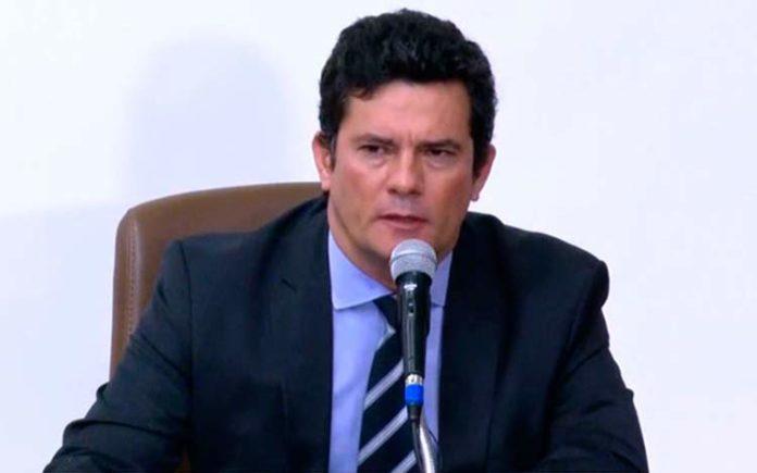 Sergio Moro pede demissão do Ministério da Justiça e Segurança Pública