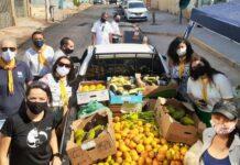 Voluntários arrecadaram e doaram mais de 400 quilos de frutas e verduras. [Foto: Divulgação]