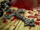 Ccrucifixo sobre sangue (perseguição aos cristãos)