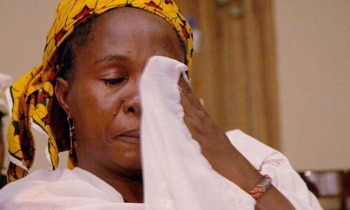 Cristãos choram a morte dos queridos neste Natal na Nigéria (foto representativa)