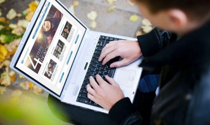 Site da Associação Evangelística Billy Graham dispõe de programas de discipulado online.