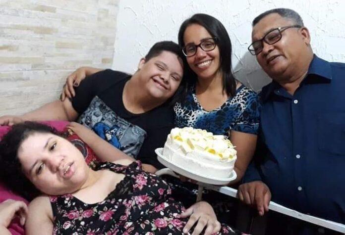 Casal de pastores morreu em um intervalo de dois dias deixando dois filhos com deficiência Foto: Arquivo Pessoal