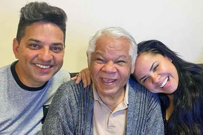 Cantora Cassiane e o esposo Jairinho ao lado de José dos Santos – Foto: Reprodução