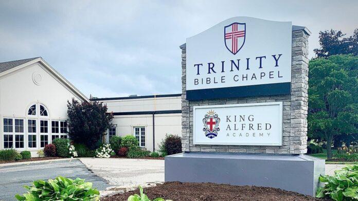 Igreja Trinity Bible Chapel, no Canadá