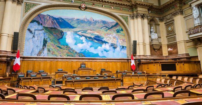 A Assembleia Suíça, o parlamento nacional em Berna. / Foto: Hansjörg Keller , Unsplash, CC0