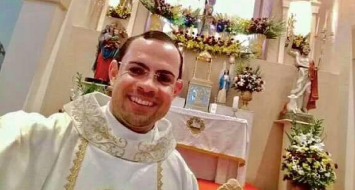 Padre Fernando de Lima Silva, de 38 anos, morreu afogado após tentar salvar duas pessoas em um açude em PE.