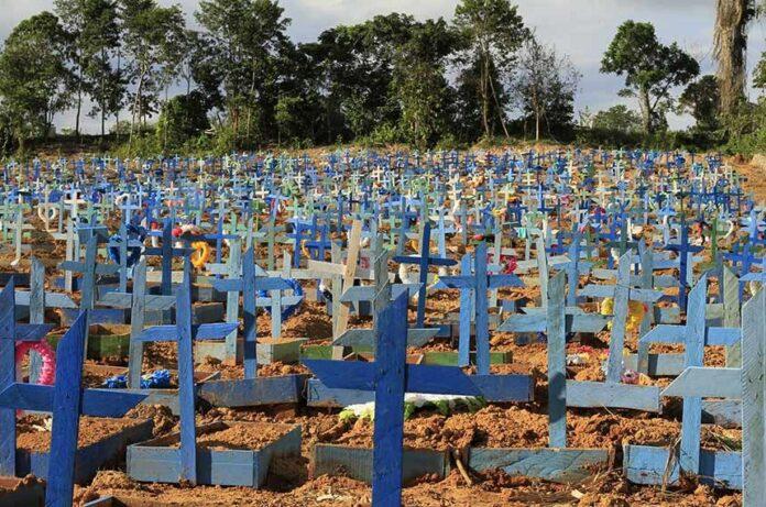 Cemitério Nossa Senhora Aparecida, em Manaus (Fonte: Agência Senado)