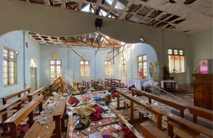 Igreja Católica atingida por bomba em Mianmar
