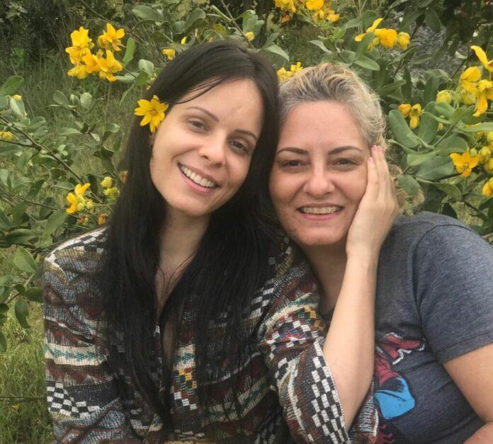 Marcela Taís e sua mãe, Sidnéia Foto: Reprodução/Instagram
