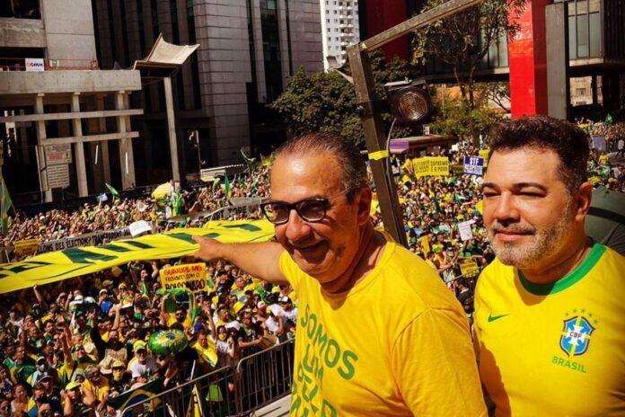 Silas Malafaia e Marco Feliciano durante atos de apoio a Bolsonaro na Avenida Paulista - Foto: Reprodução