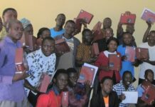 A campanha Ligonier Ministries vai doar Bíblias para 10 países africanos. (Foto: Ligonier Ministries).
