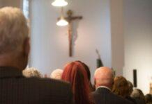 Culto em igreja nos EUA